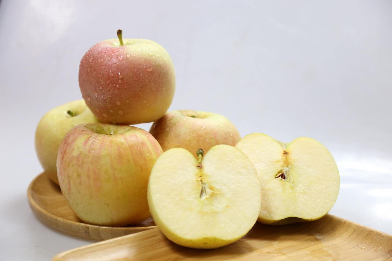 自家种苹果一级果1元1斤